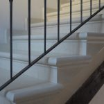 Scala in Bianco Asiago in finto massello - Scalini