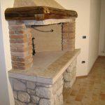 Camino basamento marmo Giallo d'Istria