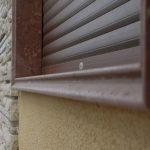 Cornice finestra in marmo Rosso Asiago - particolare