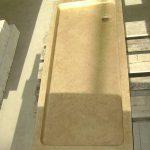 Secchiaio in Giallo d'Istria anticato vista completa